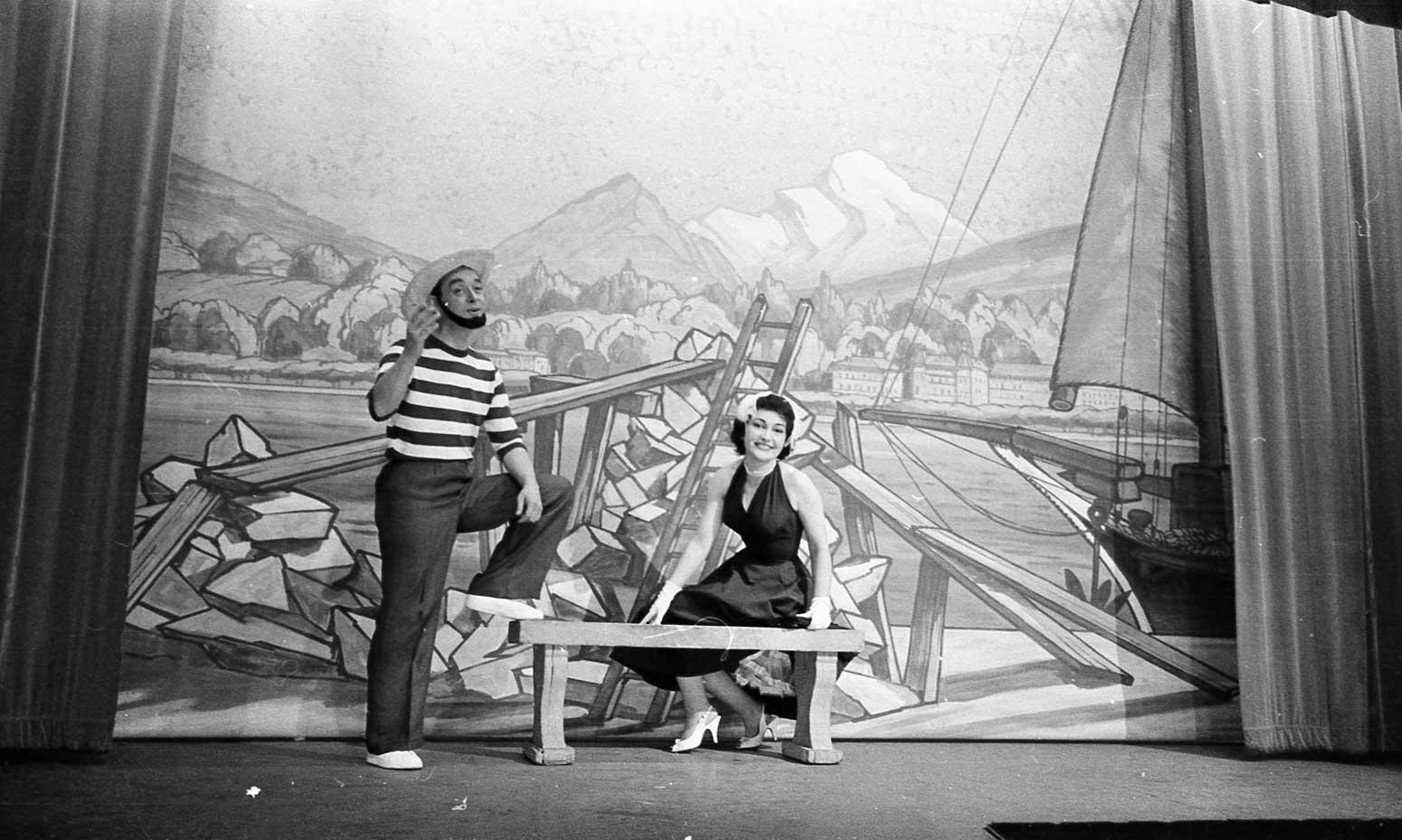 Revue 1958 ©Centre d'iconographie genevoise