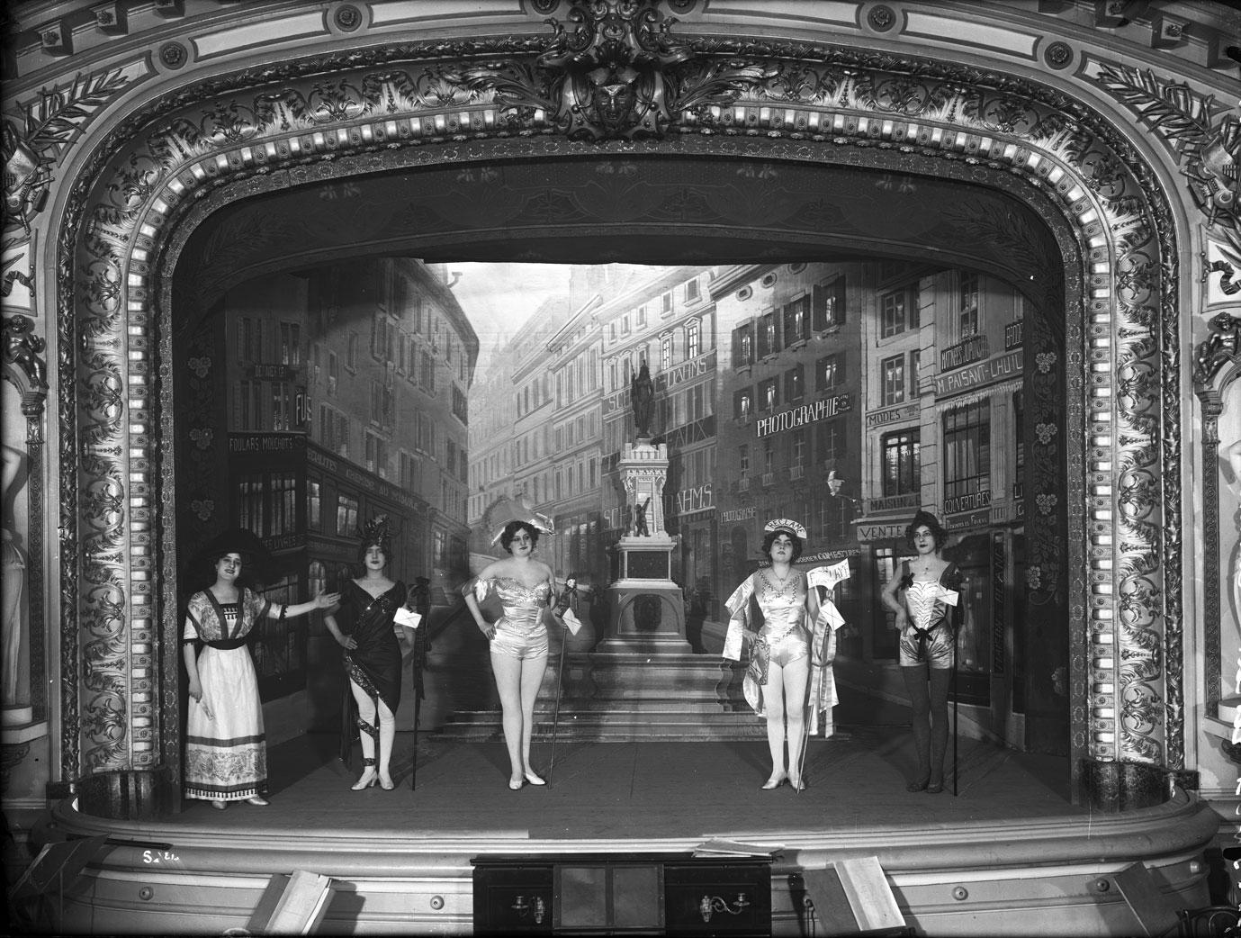La Revue 1913 ©Centre d'iconographie genevoise